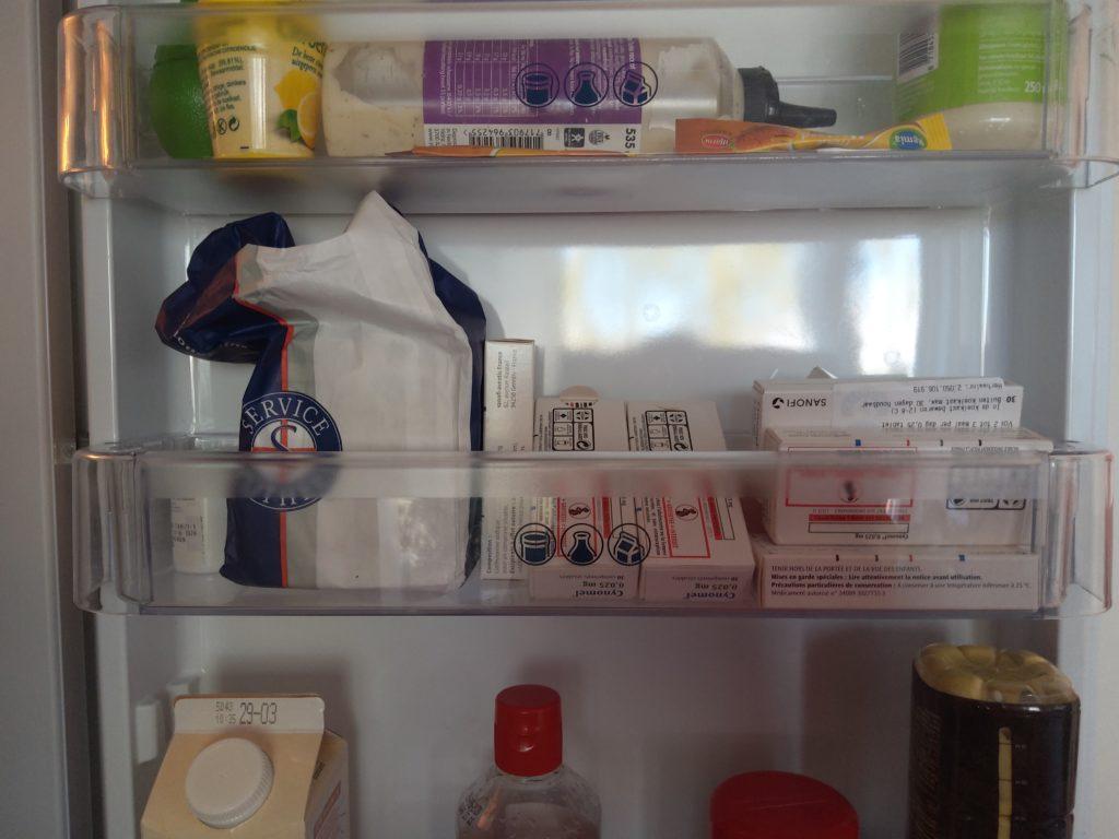 foto van gehamsterde voorraad medicijnen